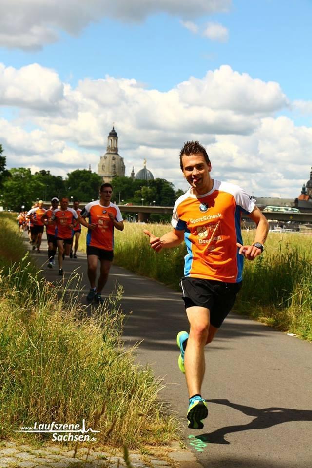 Beim Stadtlauf Dresden läuft Dennis eine neue Bestzeit