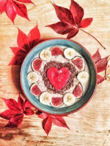Gesundes und leckeres Porridge zum Frühstück
