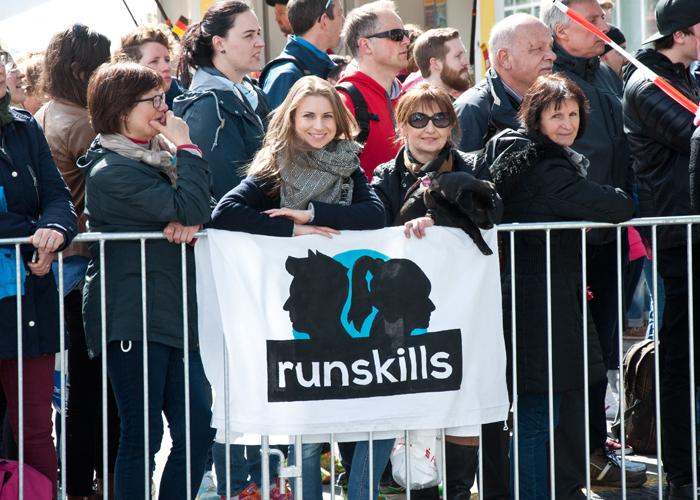 Der Fanclub von runskills ist auch beim Haspa Marathon Hamburg am Start
