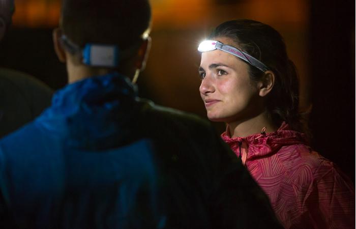 Sicherheit beim Laufen im Dunkeln bietet die Stirnlampe von Led Lenser