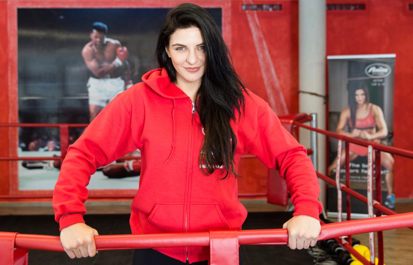 Christina Hammer ist 5-fache Boxweltmeisterin und verteidigt am 1.April ihren Titel