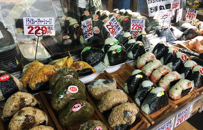 Nigiris aus Japan gibt es in verschiedenen Geschmacksrichtungen