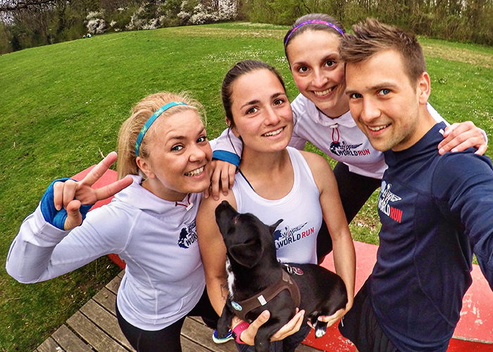 Das Team Duracell-Wiesel beim Wings For Life World Run