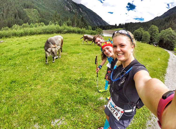 Ein Selfie mit einer Kuh in Stubai