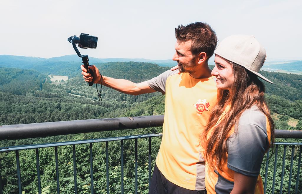 Wartburg in Eisenach, Thüringen, Pärchenbild, Selfies machen mit dem Gimbal von Dobot Rigiet, Rennsteiglauf