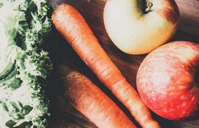Karotten, Äpfel, Blattsalat, Gemüse, Gemüsesäfte, entsaften, Saft selber machen