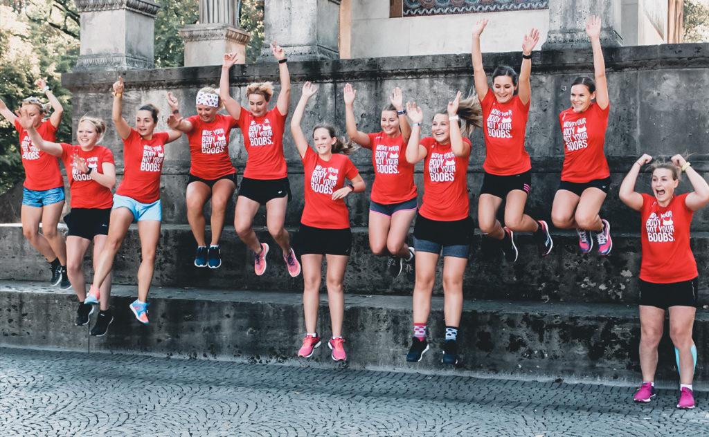 Motivation, Frauen springen, Anita Sports Bra, Frauen laufen, Marathon-Vorbereitung